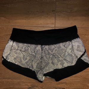 Lulu Lemon reflective  Speedy Shorts